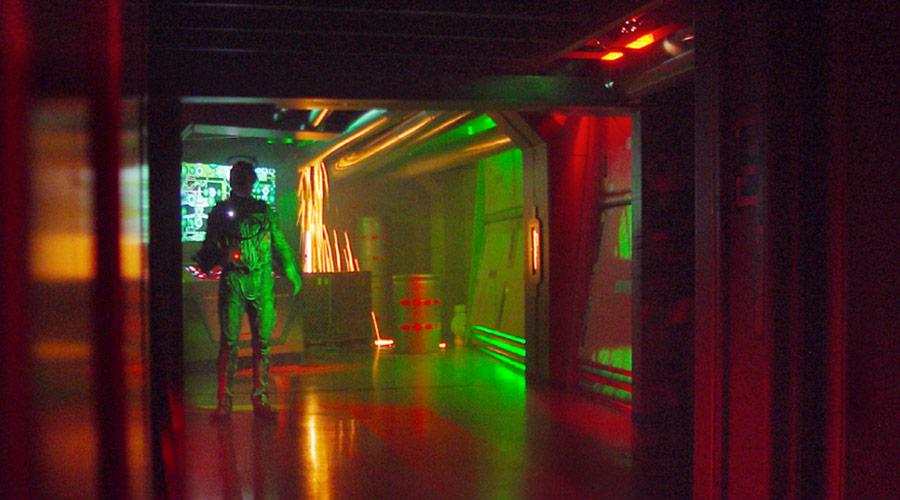 Borg Invasion 4D - Sparking Effect